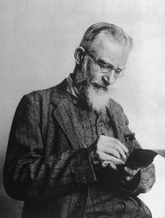 800px-George_Bernard_Shaw_notebook