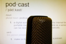 podcast-microphone-1458764347DK7